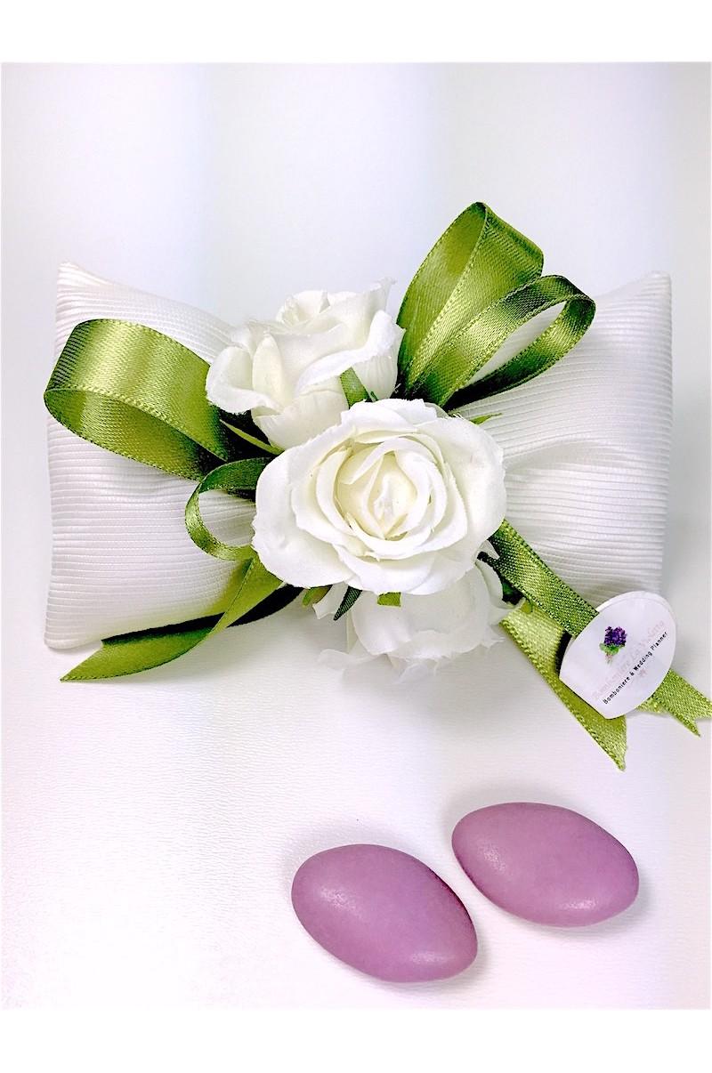 Sacchetto portaconfetti papillon in ottomano bianco con for Papillon bambino fai da te