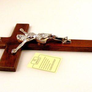 Crocifisso in Legno e Cristo In resina Argentata 925 - PATERNA E LIVI