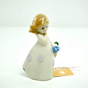Bomboniera Confezionata Bimba con Fiori in Porcellana - KHARMA LIVING