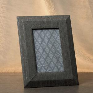 cornice-portafoto-legno-piccola-dim-16x1-5x22-linea-le-vele-ad-emozioni-www-bombonierelavioletta-it