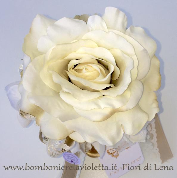 Cuscini Con Rose.Cuscino Tondo A Con Rosa Ortensie E Merletto Fiori Di Lena